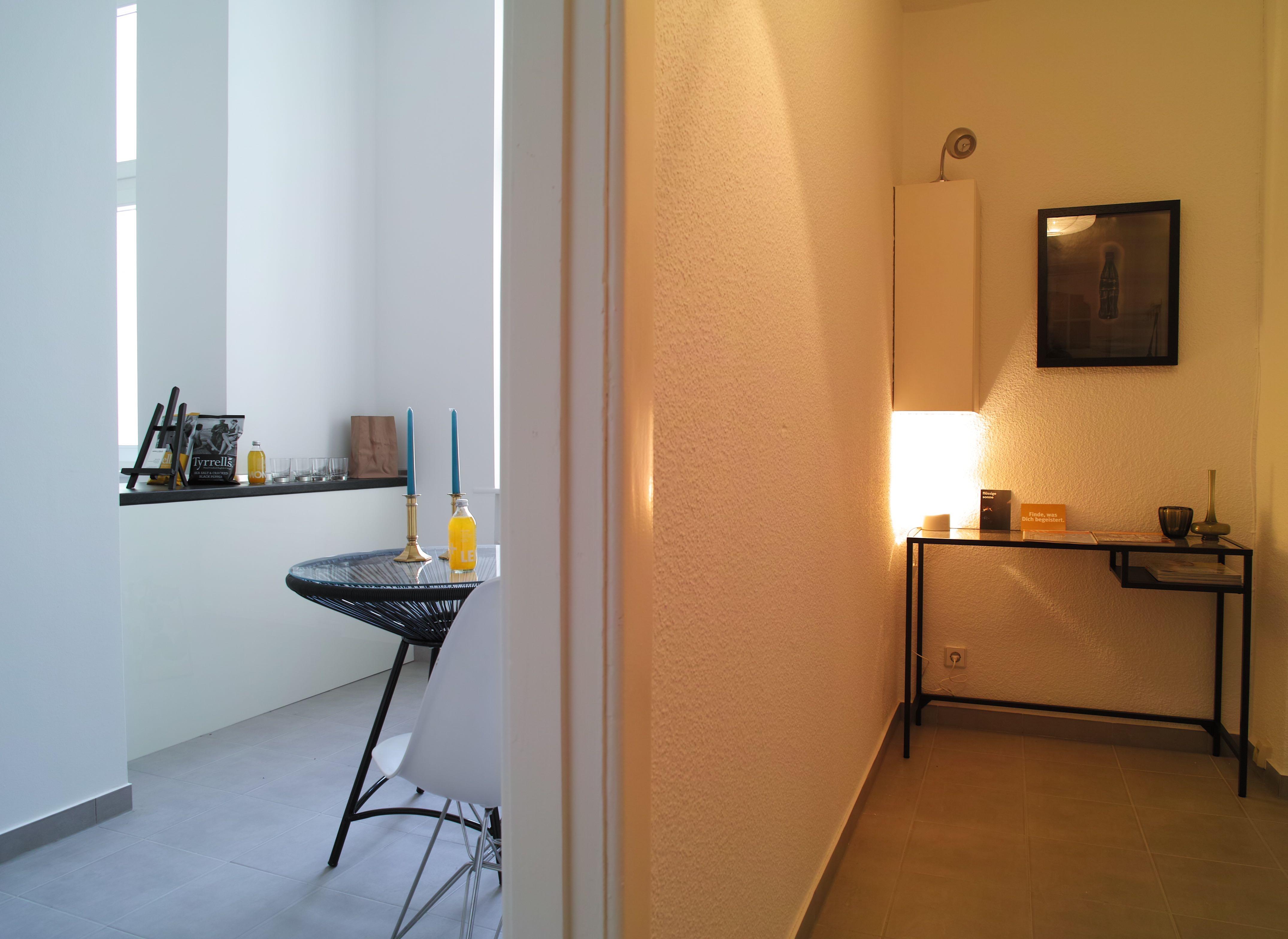 impressions staging berlin. Black Bedroom Furniture Sets. Home Design Ideas